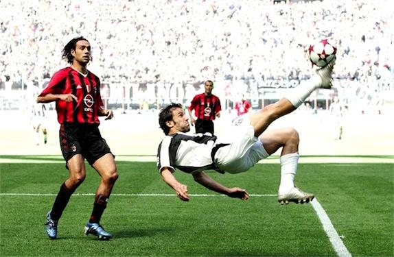 Assist di Del Piero per Trezeguet