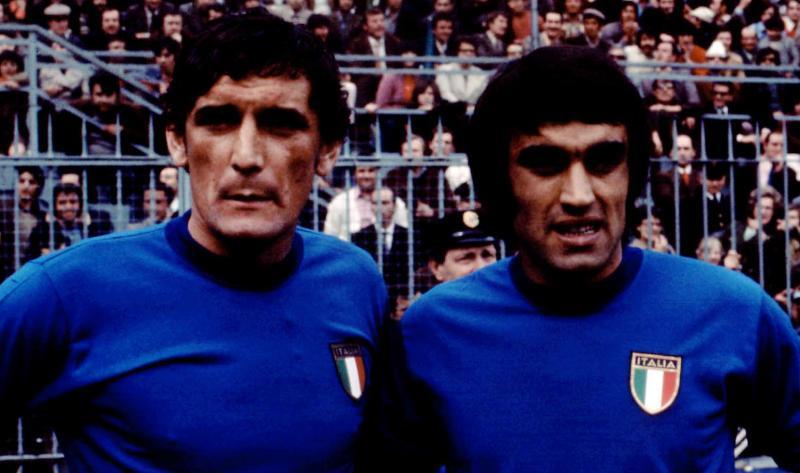 Riva detiene ancora il primato di reti degli Azzurri, 35 in 42 gare.